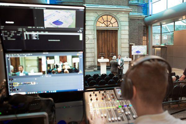 Livestream in een zaal